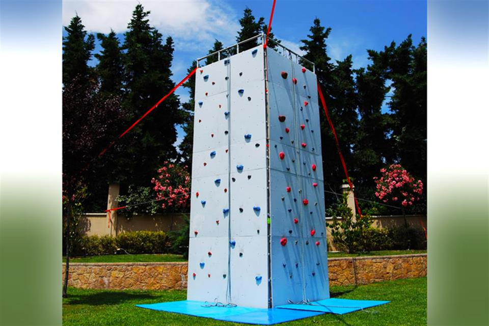 Climbing Wall - rentals by Air Game